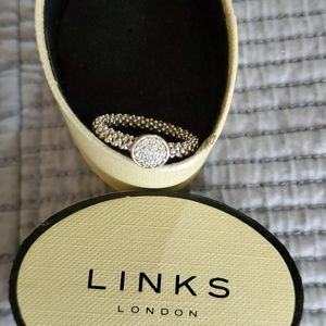 Links of London ring